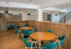 house 81 terrace cafe